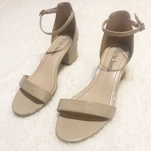 nude patent leather high heels size 8
